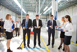 Inauguration of the new assembly facility in Leshkovo, Russia. From left to right: Karel Fort, general manager CEE; Thierry Jomard, president, Carrier Commercial Refrigeration, Europe; Svilen Petkov, managing director, Carrier Commercial Refrigeration, Russia.