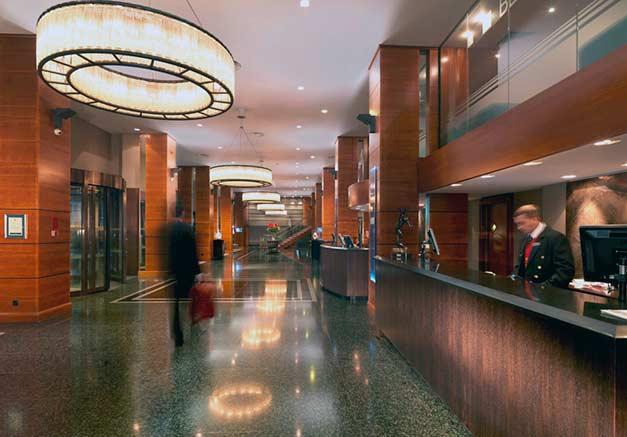 Royal-Garden-Hotel-lobby