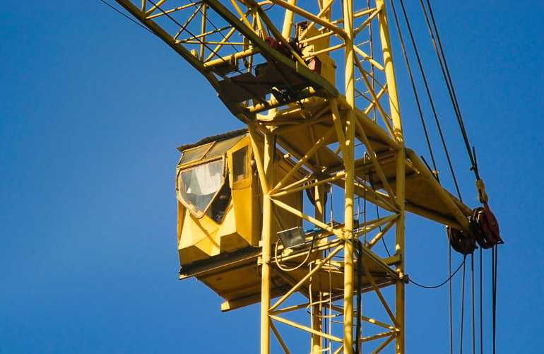 Union wants air conditioning for crane operators - Cooling ...